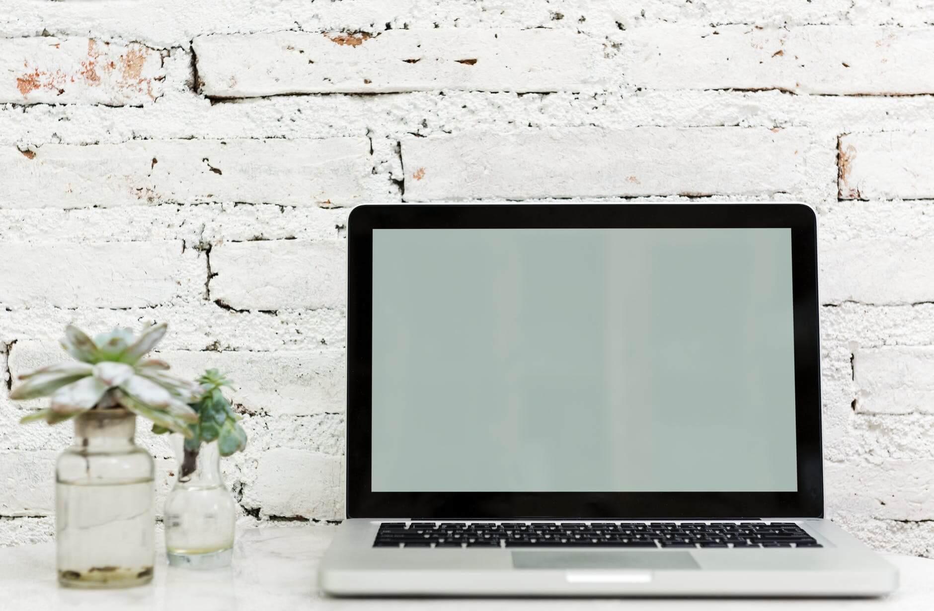 Wat Is Een Handige Laptop Voor Ouderen Senioren Website